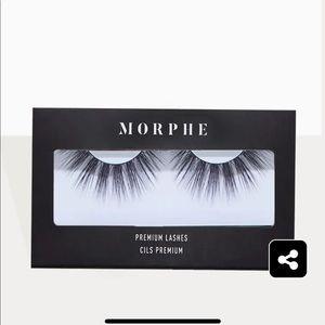 MORPHE   2 Sets Smoochy Premium Lashes